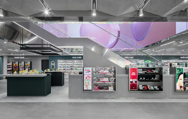 01. OliveYoung Myeong Dong Flagship Store  (16).jpg